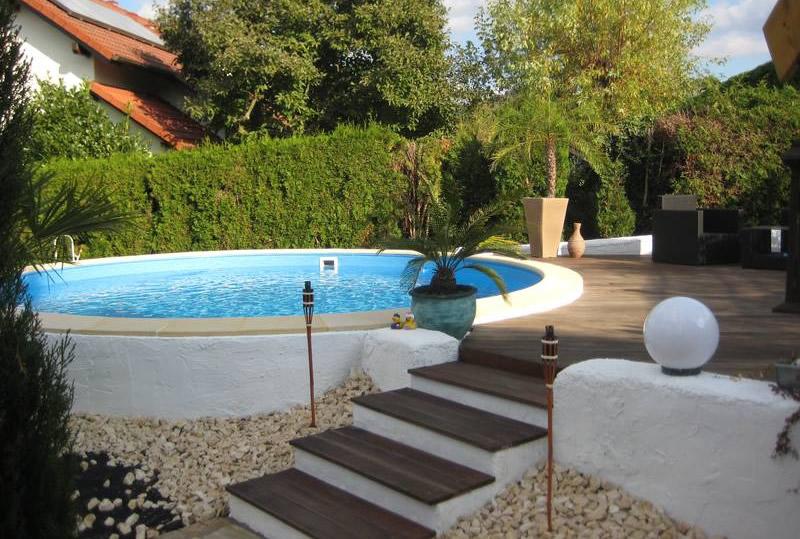 Ihr eigener Pool - Schwimmbad-Vergnügen auf Ihrem Grundstück - ROOS