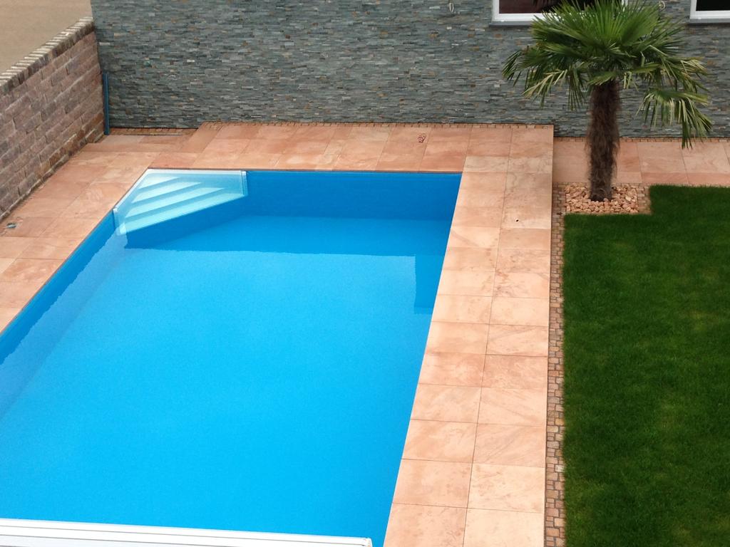 Pool Treppe Ihr Sicherer Luxus Einstieg Ins Schwimmbad